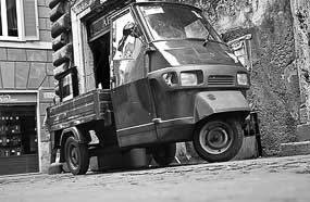 Small vehicle historic centre
