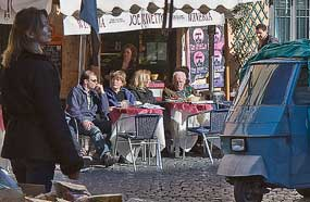 l coffee campo rome Encounters: Do Visitors Pay More In Roman Bars?