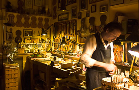 Violin Maker in Rome